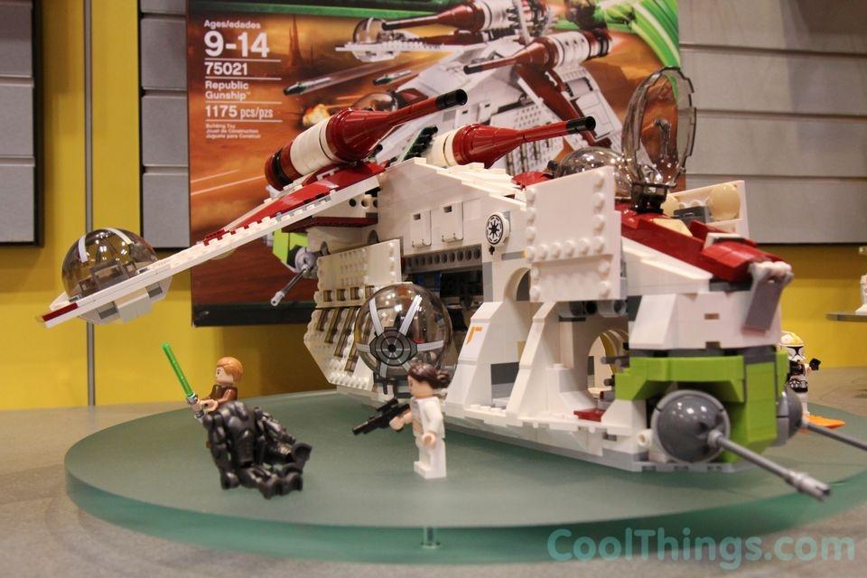 Lego Star Wars Republic Gunship 75021 Lego-republic-gunship-75021-4
