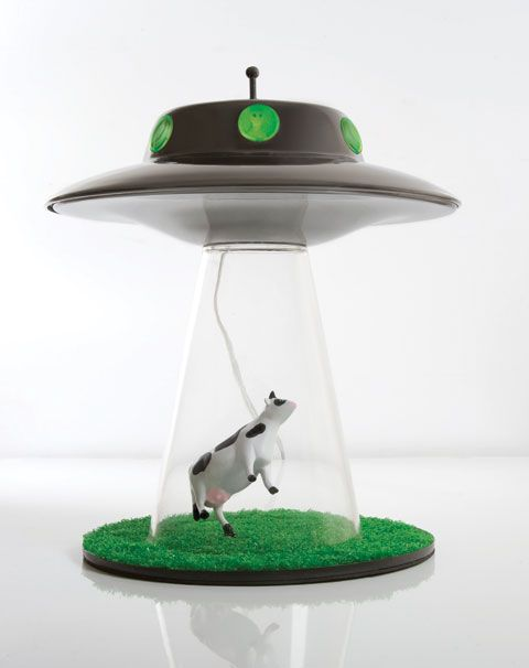 Alien Abduction Lamp Steals Cows Lights Up Your Bedroom Interiors Inside Ideas Interiors design about Everything [magnanprojects.com]