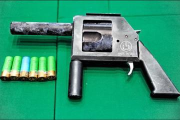 shotgunrevolver2