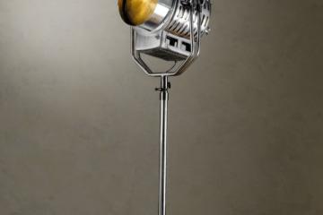 hollywoodstudiolamp1