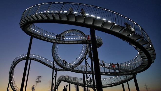 tiger turtle magic mountain a roller coaster for walking on. Black Bedroom Furniture Sets. Home Design Ideas