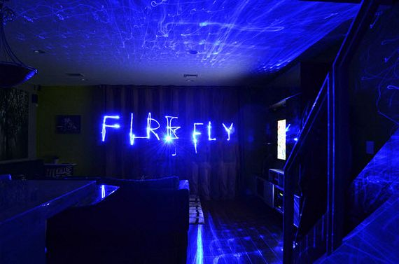 Blue Laser Lamp Illuminates Your Room With Hundreds Of