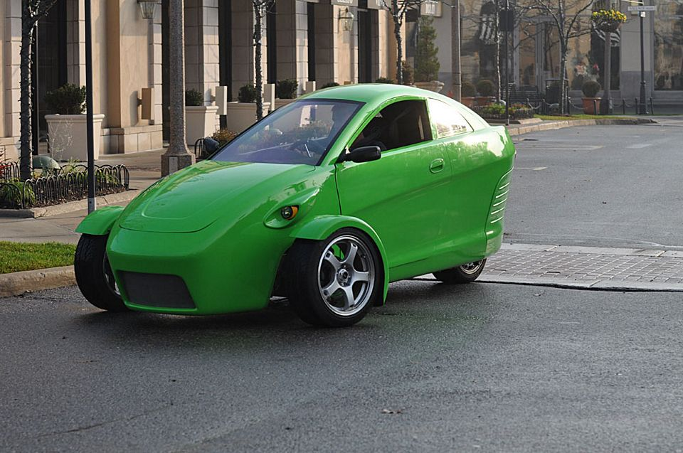 Elio Is A 100 Mph 84 Mpg Three Wheeled Car For 6800