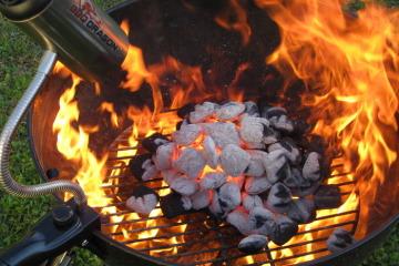 charcoal-grill-fan