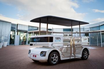 induct-navia-driverless-car-1