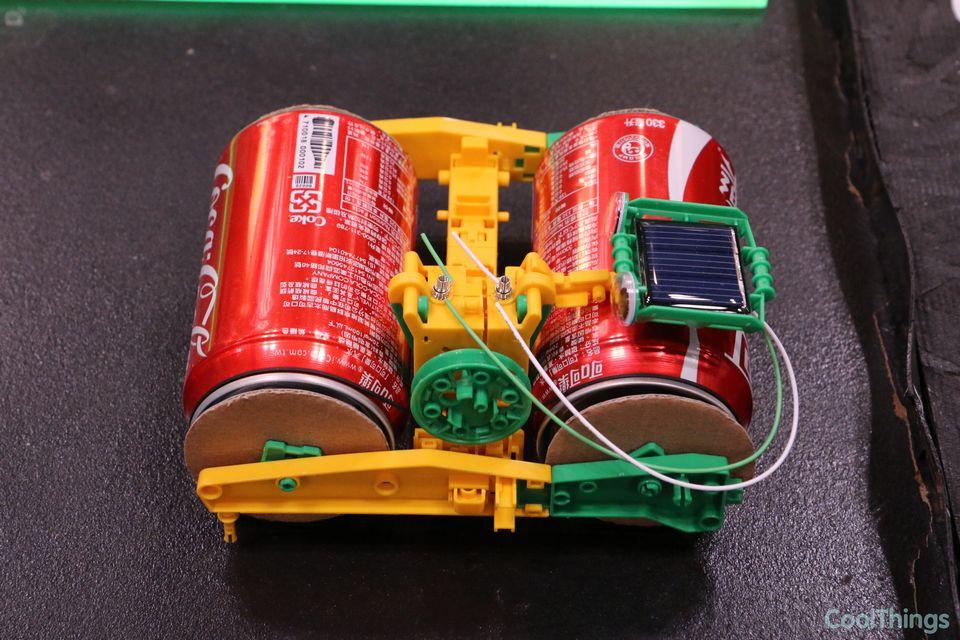 Super solar recycler science kit turns trash into motorized toys