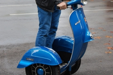 zero-electric-scooter-vespa-2