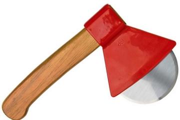 DCI-axe-pizza-cutter-1