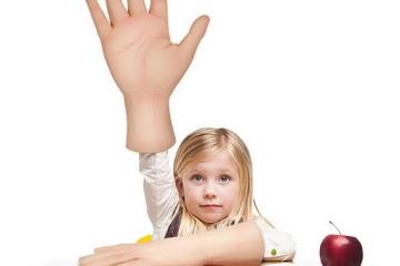 man-hands-1