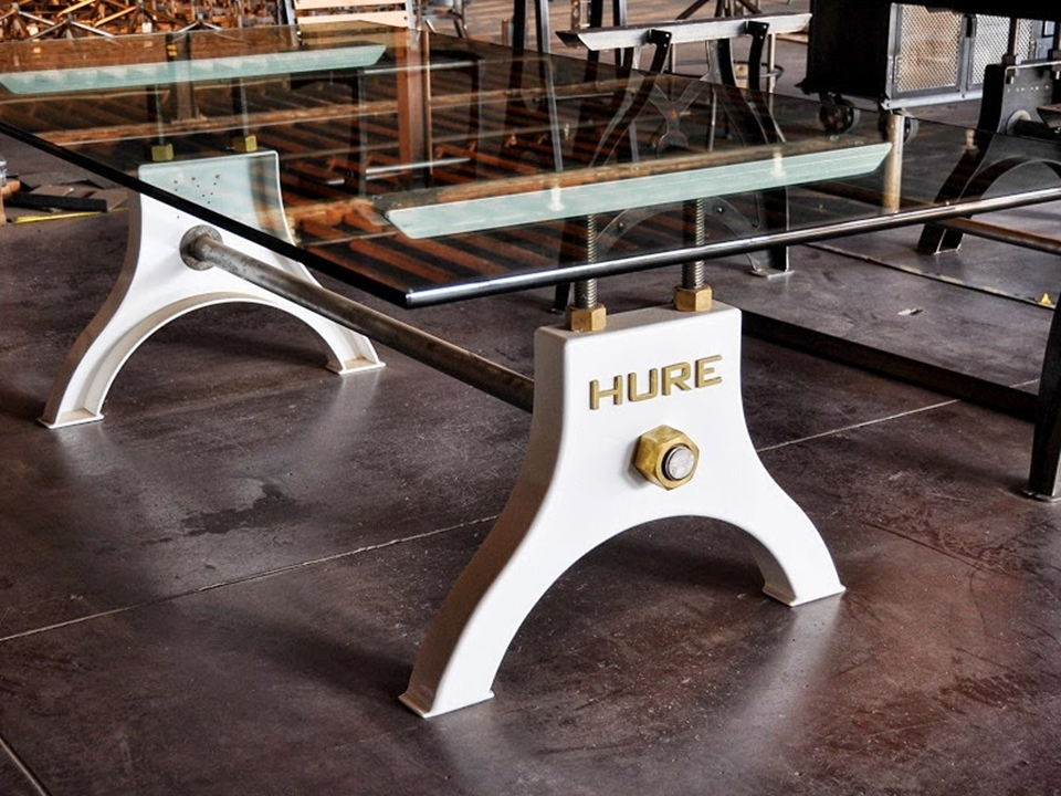 Hure Crank Table Brings Industrial Elegance To Dining Rooms : Hure Crank Table 2 from www.coolthings.com size 960 x 720 jpeg 477kB