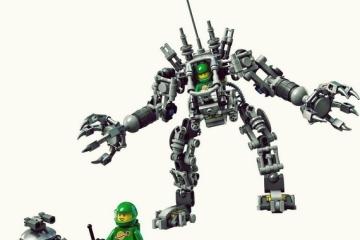 LEGO-exo-suit-1