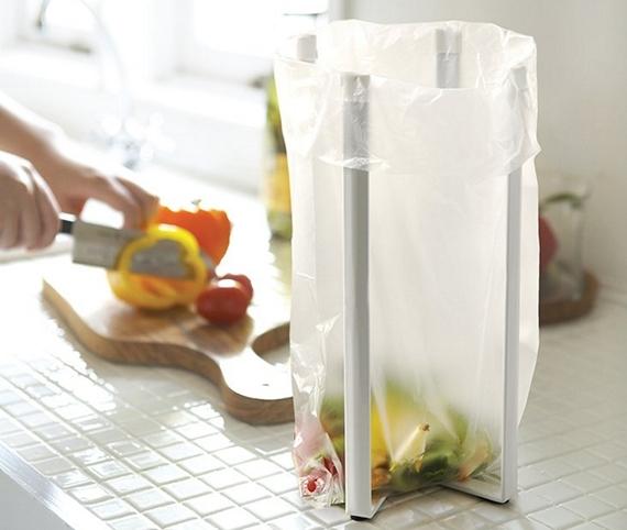 foldable-kitchen-bag-holder-1