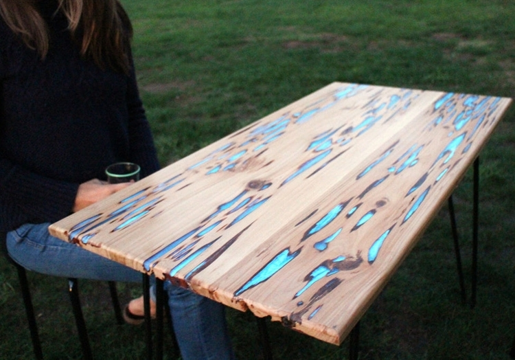 glow-table-1