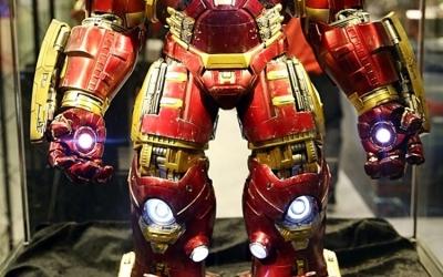 hot-toys-iron-man-hulkbuster-1