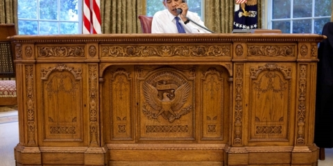 american-president-resolute-desk-2