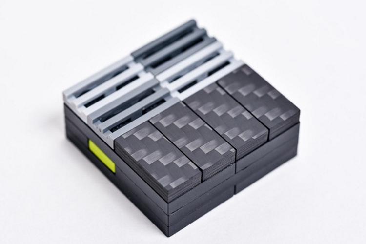 carbon-fiber-LEGO-tiles-1