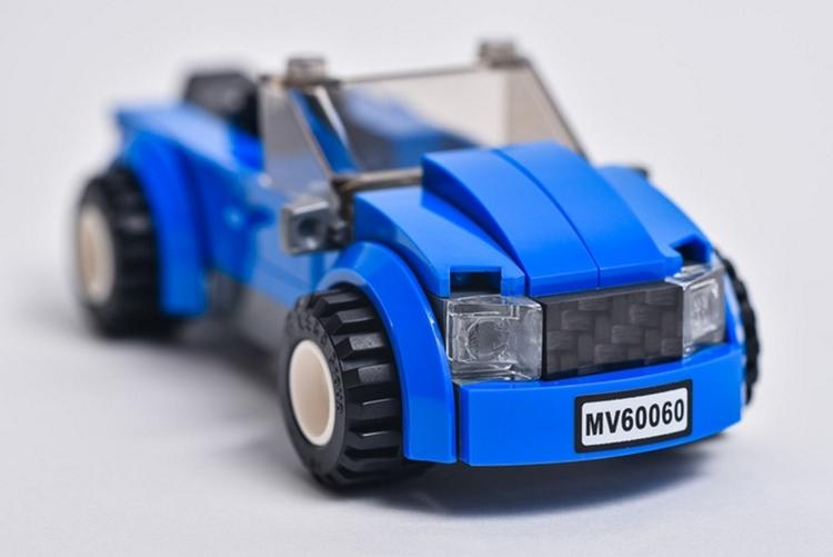 carbon-fiber-LEGO-tiles-2