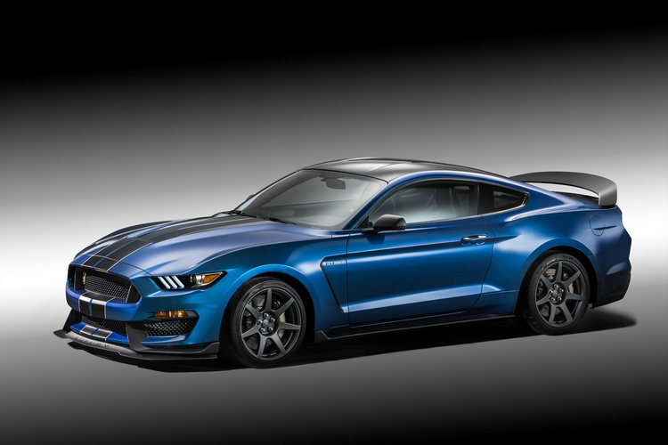 ford-shelby-gt350r-mustang-1