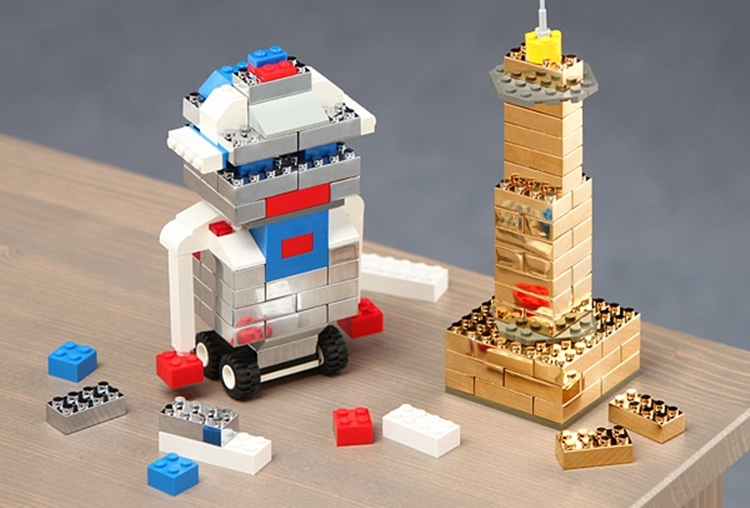 executive-building-brick-set-2