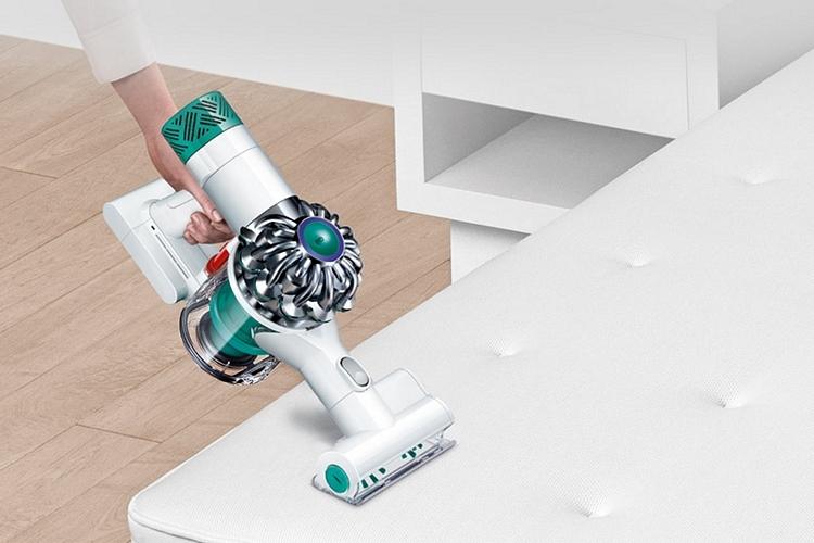Dyson v6 mattress vacuum 1