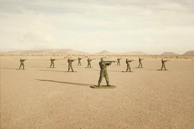 toy-soldiers-1