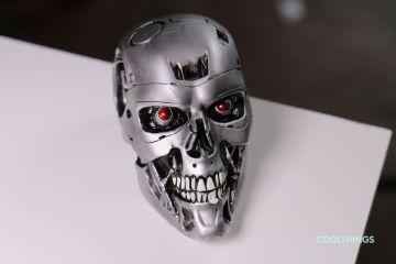 Terminator Genisys Endo Skull Half Scale Replica-loot-crate-june-2015