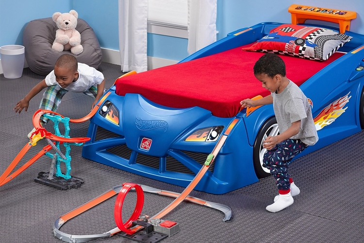 hot wheels toddler-to-twin race car bed 2