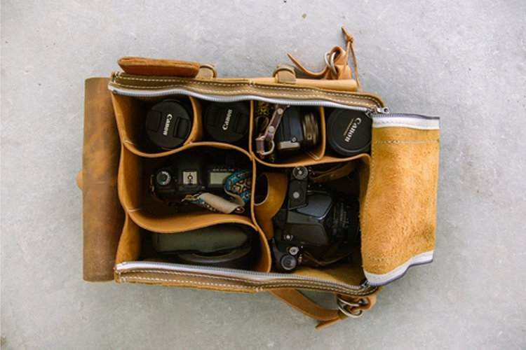 hill-street-camera-bag-axe-3
