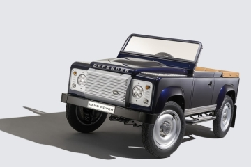 land-rover-defender-pedal-car-1