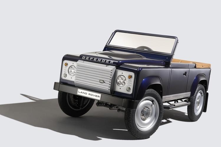 land-rover-defender-pedal-car-1