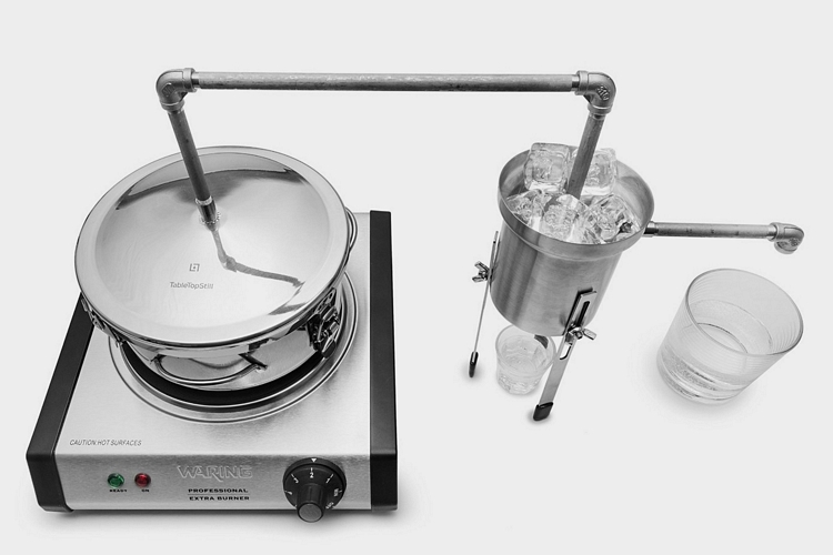 This Tabletop Moonshine Still Lets You Cook Up Your Own Hard Liquor In ...