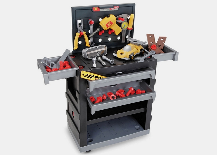 young-master-craftsmans-workshop-1
