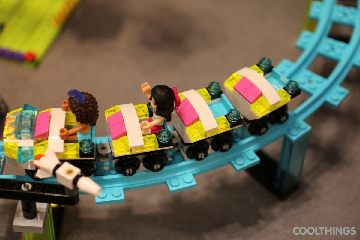 how to make wheels that turn 180 with lego