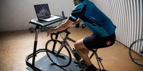 wahoo-fitness-bike-desk-1