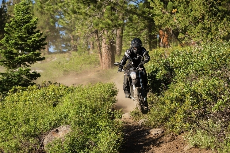 zero-motorcycles-dsr-4