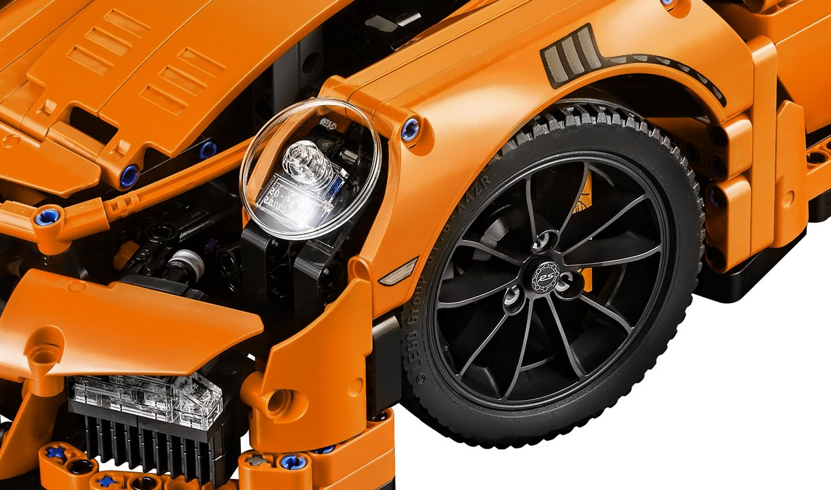 LEGO Technic Porsche 911 GT3 RS Front Wheel