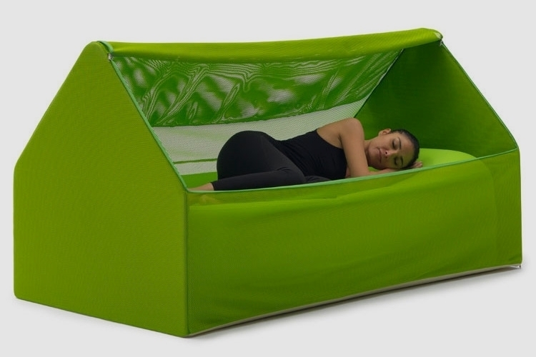 This House-Shaped Tent/Couch Is Actually An Inflatable Bed