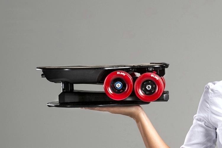 linky-folding-electric-skateboard-2