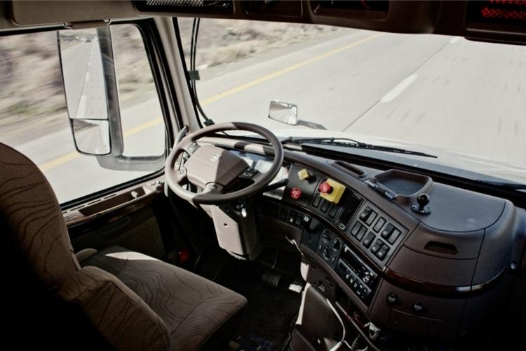 otto-self-driving-truck-2