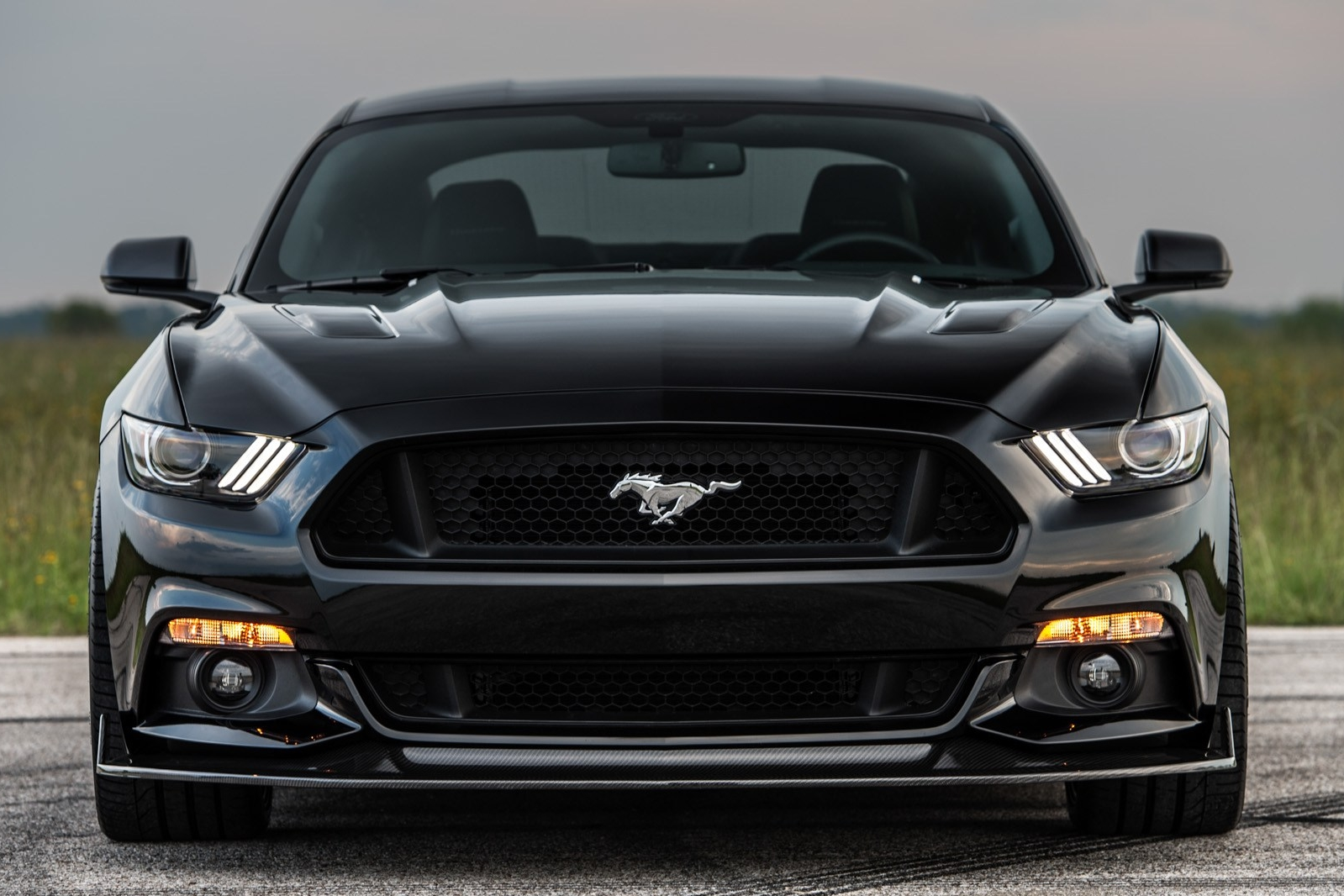 Hennessey-25th-Anniversary-Edition-HPE800-Ford-Mustang-4