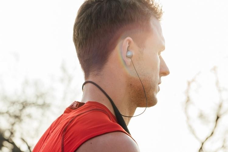 vi-ai-trainer-earbuds-3