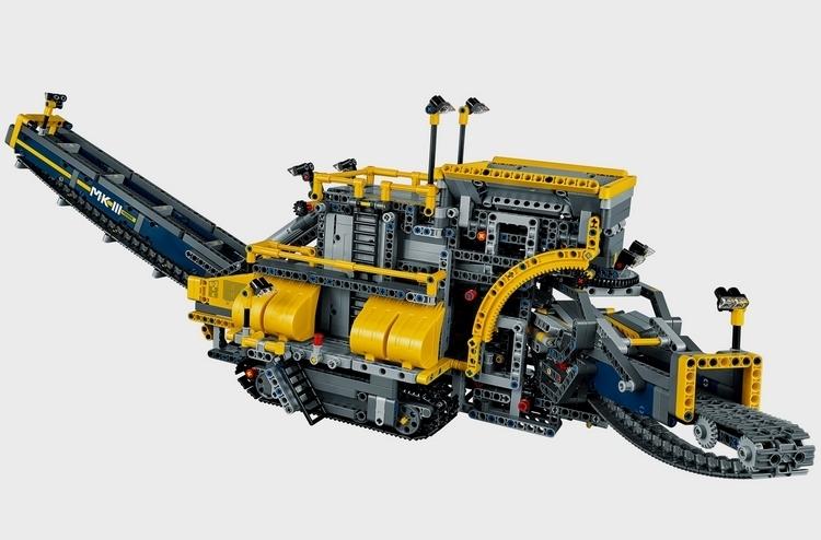 LEGO-technic-bucket-wheel-excavator-2
