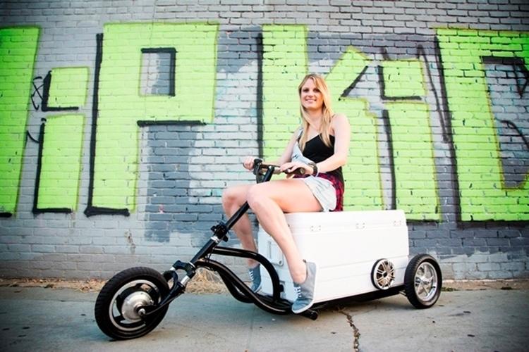 Kreweser motorized cooler for Motor cooler on wheels