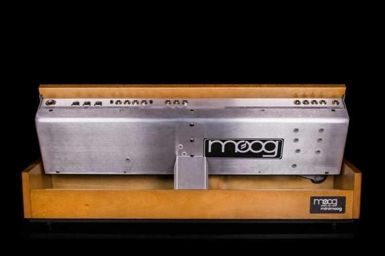 minimoog-model-d-3