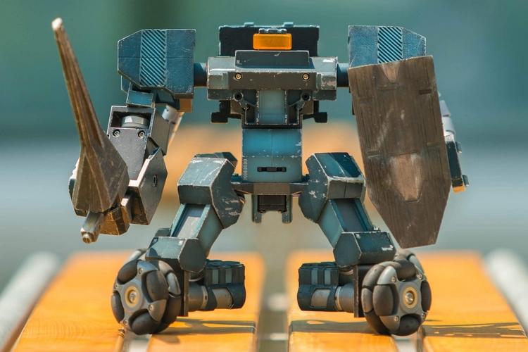 ganker-fighting-robot-1