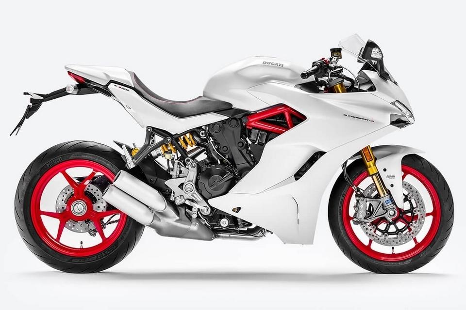 ducati-supersport-motorcycle-1