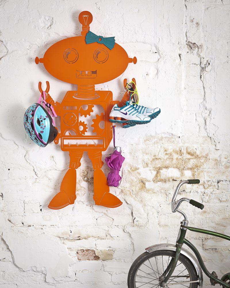 robot-large-girl-styled