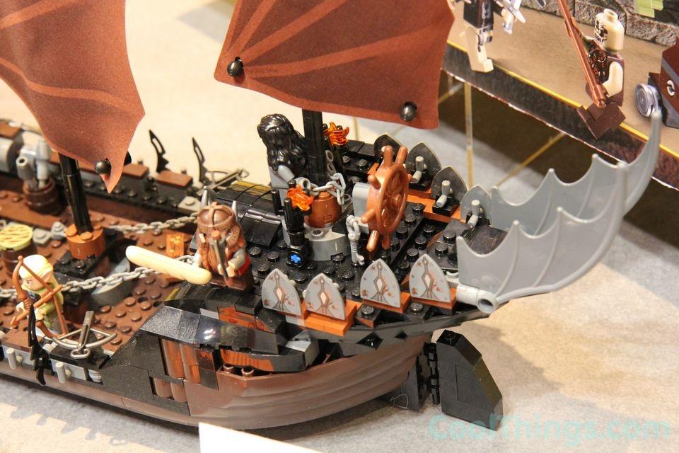 lego-pirate-ship-ambush-79008-10