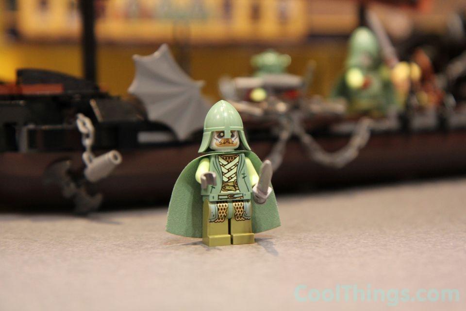 lego-pirate-ship-ambush-79008-5