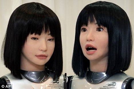 supermodel-robot